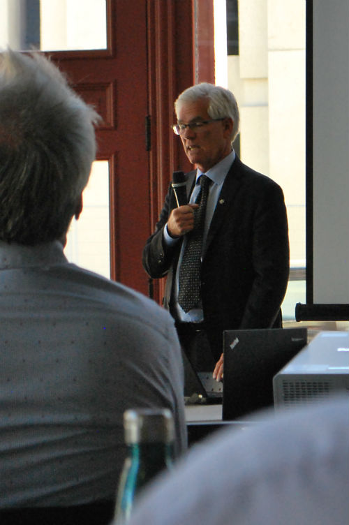 Minister Carr shares his thoughts at the ICE Network's Microgrid Innovations workshop.
